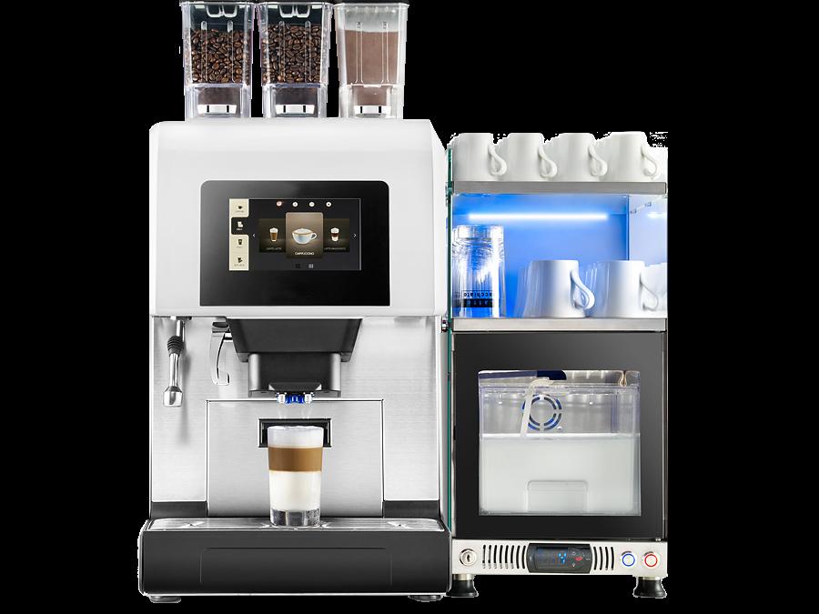 piu600+ mit Tassenwaermer und Frischmilch